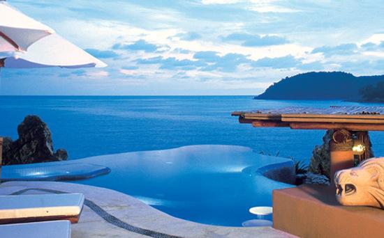 Wonderful Ocean View  & Relaxing La Casa Que Canta Resort