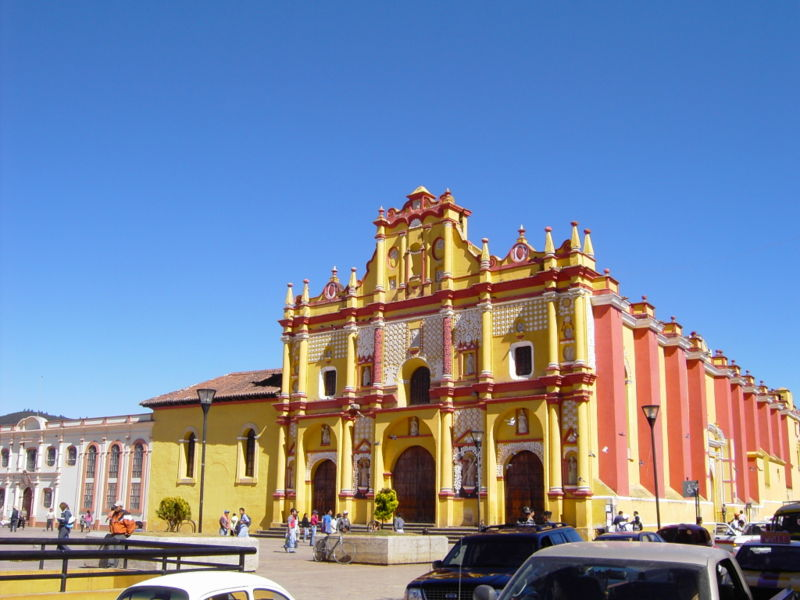 Cathedral de San Cristobal de las Casas (photo by Agguizar courtesy of Wikimedia)