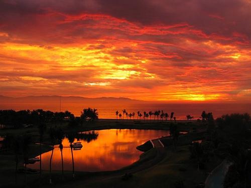 Mexico's Beautiful Bahia de Banderas Sunset