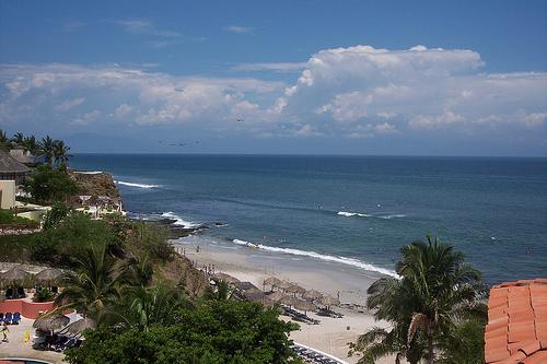 Mexico's Beautiful Bahia de Banderas - Nayarit Beach