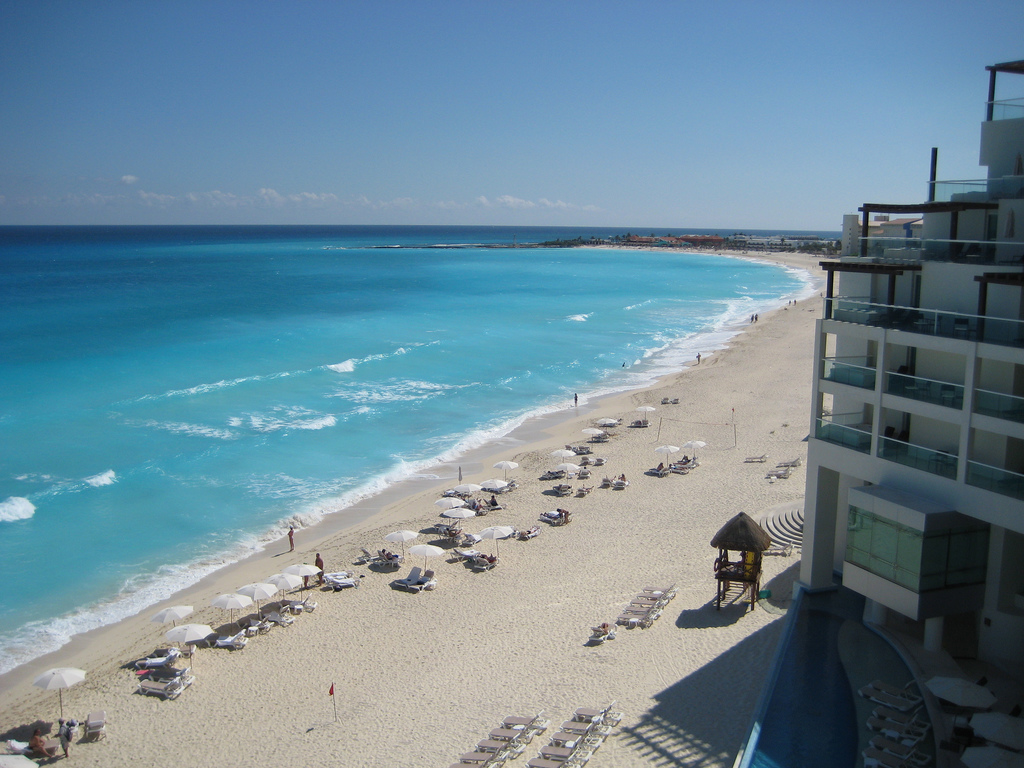 Vacation or Retirement on the Mexican Riviera Beach